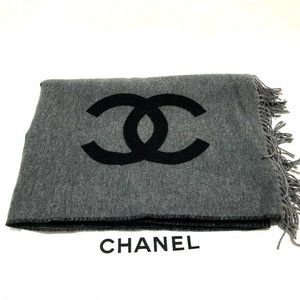 CHANEL CC Mark Bicolor Blanket Shawl Wrap Black x